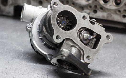 Sostituzione e riparazione turbocompressori
